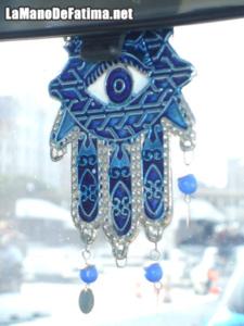 mano fatima colgante azul